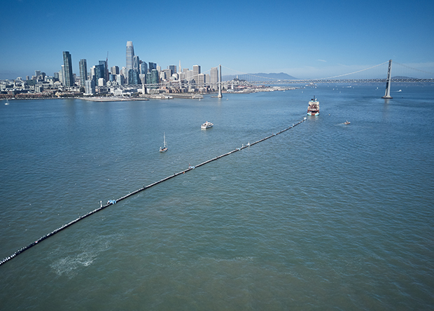 The Ocean Cleanup / Benjamin von Wong